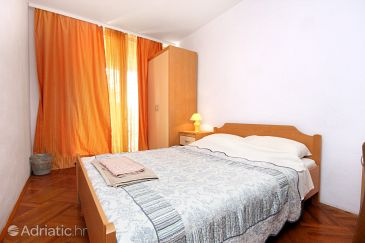 Room S-2203-c - Apartments and Rooms Rovinj (Rovinj) - 2203
