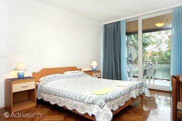 Room S-2203-d - Apartments and Rooms Rovinj (Rovinj) - 2203