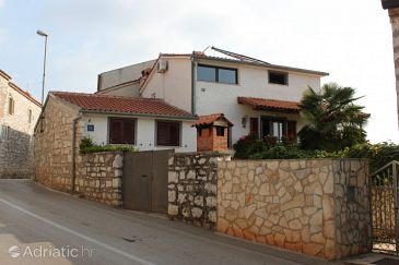 Property Vrsar (Poreč) - Accommodation 2242 - Apartments and Rooms with pebble beach.