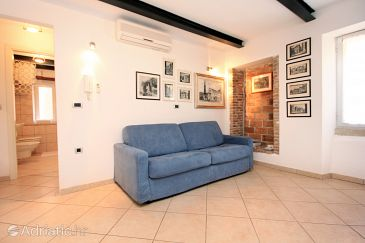 Apartment A-2244-b - Apartments Rovinj (Rovinj) - 2244