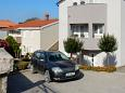 Parking lot Medulin (Medulin) - Accommodation 2274 - Apartments with rocky beach.