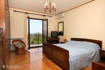 Ičići, Bedroom u smještaju tipa room, dostupna klima i WIFI.