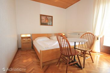 Room S-2332-a - Apartments and Rooms Lovran (Opatija) - 2332