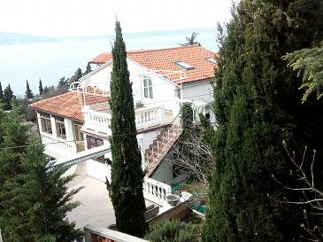 Property Novi Vinodolski (Novi Vinodolski) - Accommodation 2347 - Apartments near sea.