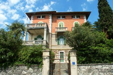 Property Lovran (Opatija) - Accommodation 2351 - Apartments near sea with pebble beach.