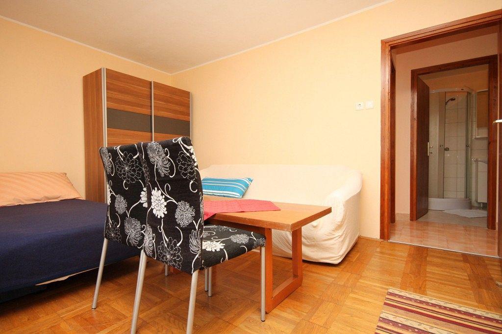 Apartmány s parkoviskom v meste Brseč - 2359