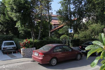 Property Selce (Crikvenica) - Accommodation 2372 - Apartments near sea with pebble beach.