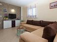 Jadranovo, Living room u smještaju tipa apartment, dostupna klima, dopusteni kucni ljubimci i WIFI.