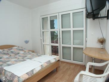 Room S-2389-a - Apartments and Rooms Crikvenica (Crikvenica) - 2389