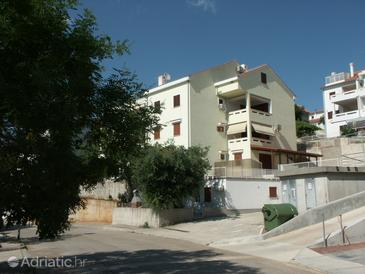 Property Njivice (Krk) - Accommodation 2396 - Apartments with pebble beach.