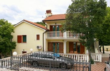 Property Povile (Novi Vinodolski) - Accommodation 2398 - Apartments with pebble beach.
