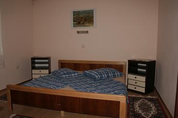 Novi Vinodolski, Sypialnia w zakwaterowaniu typu room, dostupna klima, dopusteni kucni ljubimci i WIFI.