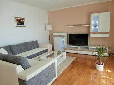 Apartament A-2421-c - Apartamenty Novi Vinodolski (Novi Vinodolski) - 2421