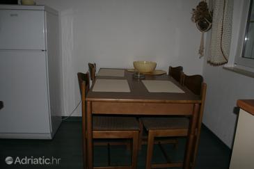 Apartment A-2422-b - Apartments Novi Vinodolski (Novi Vinodolski) - 2422