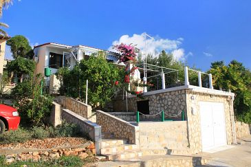 Property Milna (Vis) - Accommodation 2437 - Apartments near sea with rocky beach.