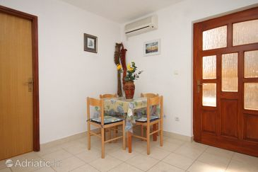 Apartment A-2447-b - Apartments Komiža (Vis) - 2447