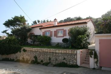 Property Mali Lošinj (Lošinj) - Accommodation 2483 - Apartments near sea with pebble beach.