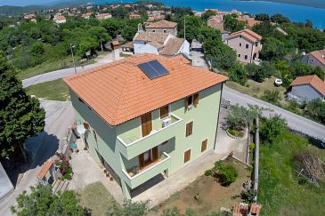 Property Nerezine (Lošinj) - Accommodation 2506 - Apartments and Rooms with pebble beach.