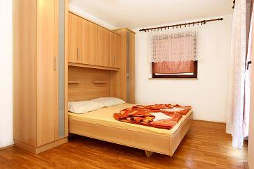 Trpanj, Sypialnia u smještaju tipa room, dostupna klima, dopusteni kucni ljubimci i WIFI.