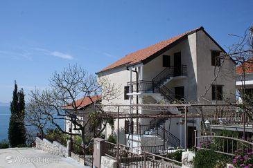Property Podaca (Makarska) - Accommodation 2580 - Apartments near sea with pebble beach.