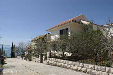 Property Podaca (Makarska) - Accommodation 2590 - Apartments near sea with pebble beach.