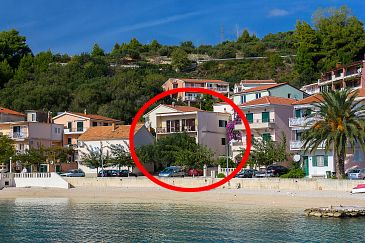 Property Podgora (Makarska) - Accommodation 2596 - Apartments near sea with pebble beach.