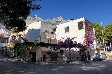 Property Makarska (Makarska) - Accommodation 2600 - Apartments near sea with pebble beach.