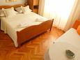 Bedroom 1 - Apartment A-2630-b - Apartments Makarska (Makarska) - 2630