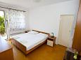Bedroom 2 - Apartment A-2636-a - Apartments Makarska (Makarska) - 2636