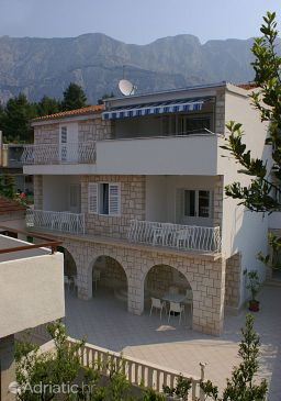 Property Tučepi (Makarska) - Accommodation 2666 - Apartments near sea with pebble beach.