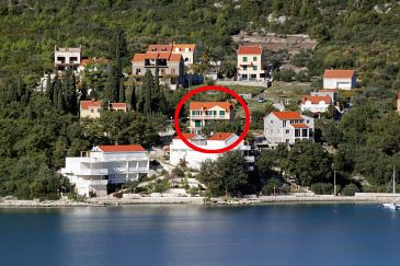 Slano, Dubrovnik, Property 2681 - Apartments and Rooms blizu mora with pebble beach.