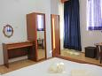 Bedroom 2 - Apartment A-2698-b - Apartments Baška Voda (Makarska) - 2698