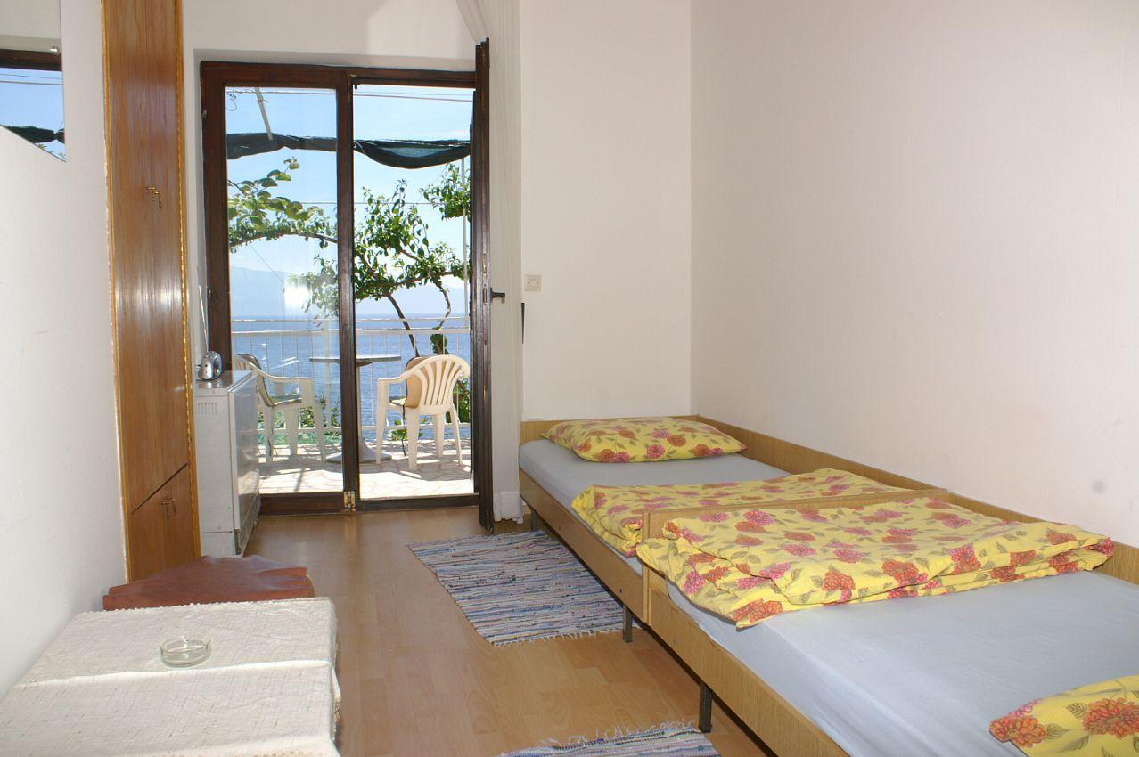 Apartmán na pláži v meste Podaca - 2711