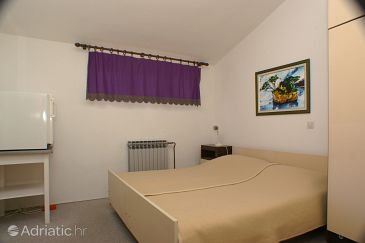 Room S-2715-e - Apartments and Rooms Brela (Makarska) - 2715