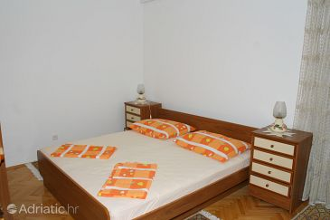 Room S-2723-e - Apartments and Rooms Makarska (Makarska) - 2723