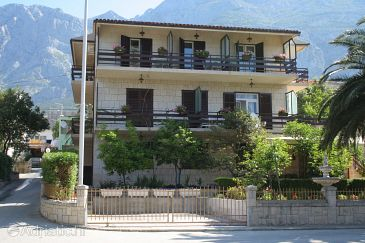 Makarska, Makarska, Property 2723 - Apartments and Rooms blizu mora with pebble beach.