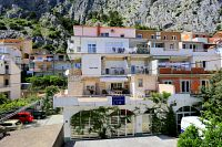 Apartments with a parking space Omiš - 2738
