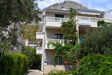 Duće, Omiš, Property 2773 - Apartments and Rooms with sandy beach.