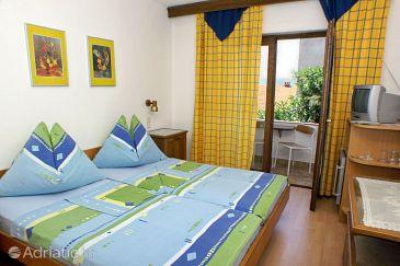 Nemira, Bedroom u smještaju tipa room, WIFI.