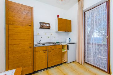 Studio flat AS-2802-a - Apartments Pisak (Omiš) - 2802