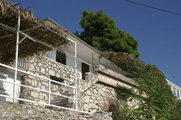 Property Brist (Makarska) - Accommodation 2814 - Apartments with pebble beach.