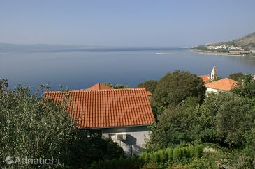 Property Omiš (Omiš) - Accommodation 2823 - Apartments near sea with pebble beach.