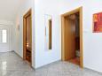 Hallway - Apartment A-2827-e - Apartments Pisak (Omiš) - 2827