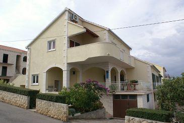 Obiekt Supetar (Brač) - Zakwaterowanie 2850 - Apartamenty ze żwirową plażą.