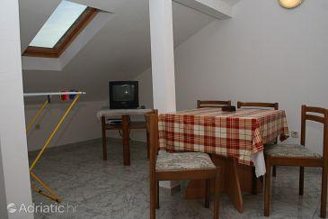Studio flat AS-2884-a - Apartments Bol (Brač) - 2884