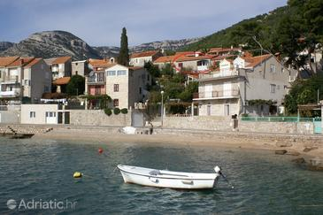 Property Bol (Brač) - Accommodation 2905 - Apartments near sea with pebble beach.