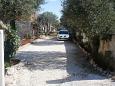 Splitska, Brač, Parking lot 2930 - Apartments u Hrvatskoj.