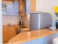 Kitchen - Apartment A-2975-a - Apartments Omiš (Omiš) - 2975