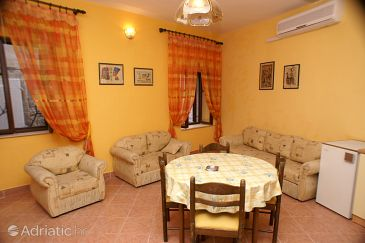Apartment A-2979-a - Apartments and Rooms Trogir (Trogir) - 2979