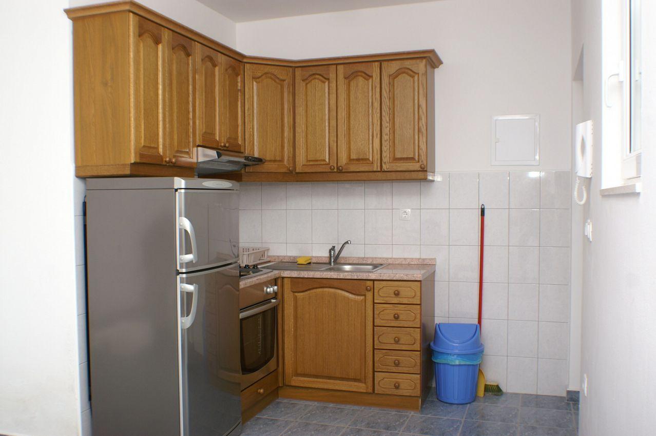 Apartmány s parkoviskom v meste Vinišće - 2987